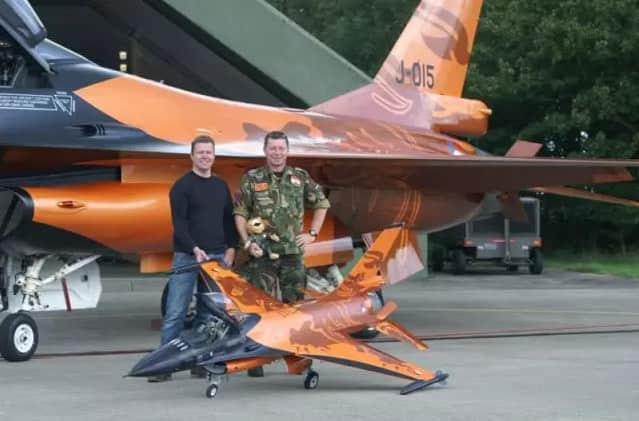 制作F16飞机模型3